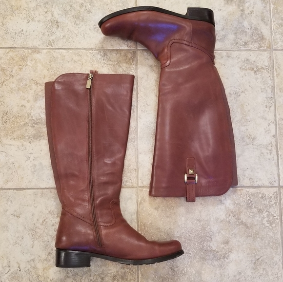 Blondo Shoes - Blondo Great Condition Leather Brown Knee Boots